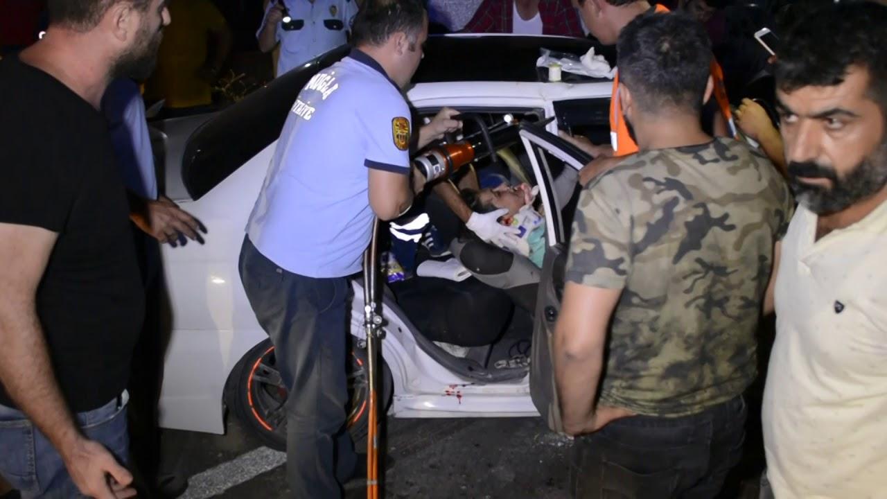 Otomobil Tıra Çarptı Kaza Anı Kamerada