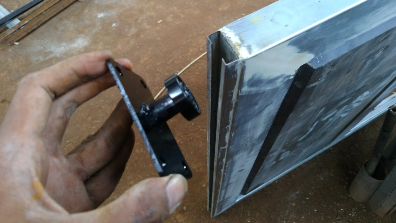 IDE kreatif lakher/bearing bekas jadi roda bawah pintu geser - YouTube