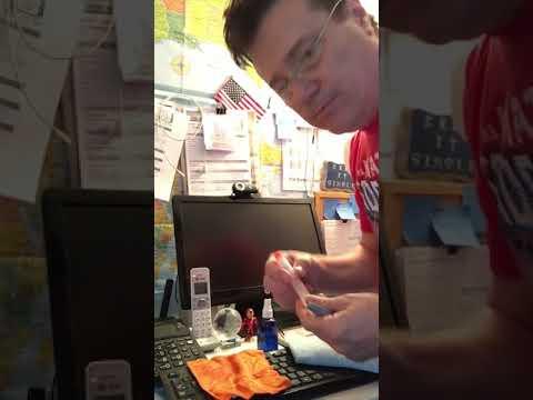 Whoosh Tech Hygiene vs Flat Screen Clean #FlatScreenClean #WhooshTechHygiene #Whoosh #whyiwhoosh
