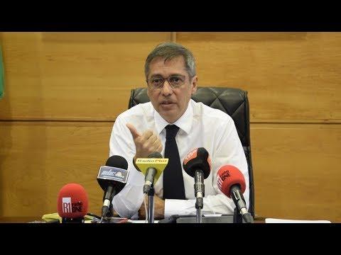 Duval exige «soit l'annulation, soit la publication des contrats secrets» du gouvernement