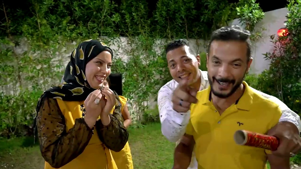 عملنا حفلة 100 الف و اختي فجأتني😍🎊 شكرا جدا جيش حمدي و وفاء❤️