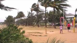 Severe Tropical Cyclone Yasi in Townsville 2 February 2011 Part 2