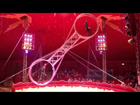 Tom Duffy circus Tron act
