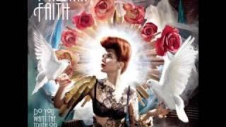Paloma Faith - Romance Is Dead