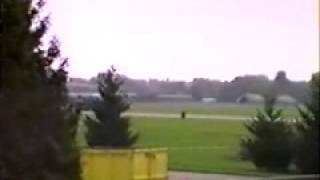 Nationair DC-8 & Canadian Forces Air Command CC-130 Hercule flyby, CFB Lahr, 1992