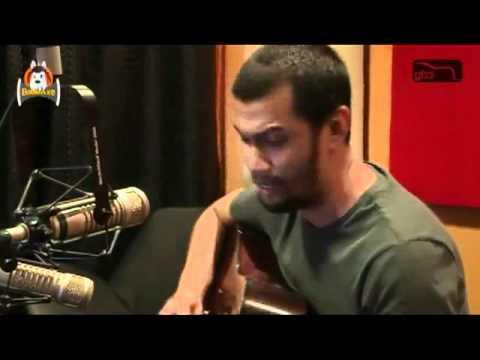 Johnoy Danao performs Sunshower -- Chris Cornell