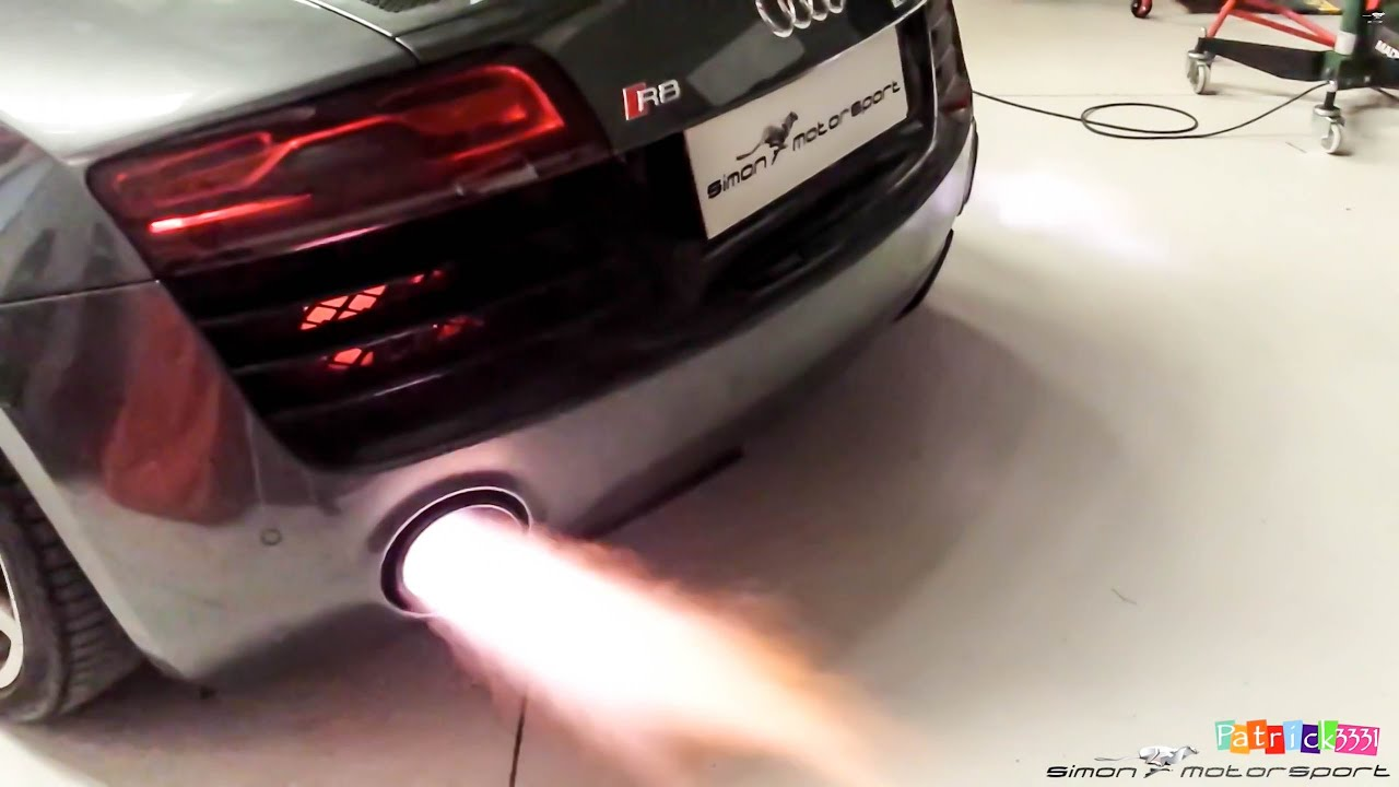 Audi R8 V10 Plus - IPE F1 exhaust sound & flames at SimonMotorSport Dubai - YouTube