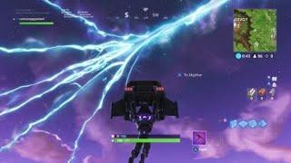 Lancement de missiles à Fortnite :) C'est une fissure dans un dôme ?