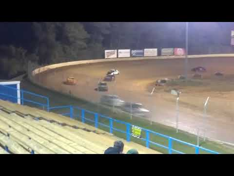 Hornets feature race at Florence speedway 9/30/17