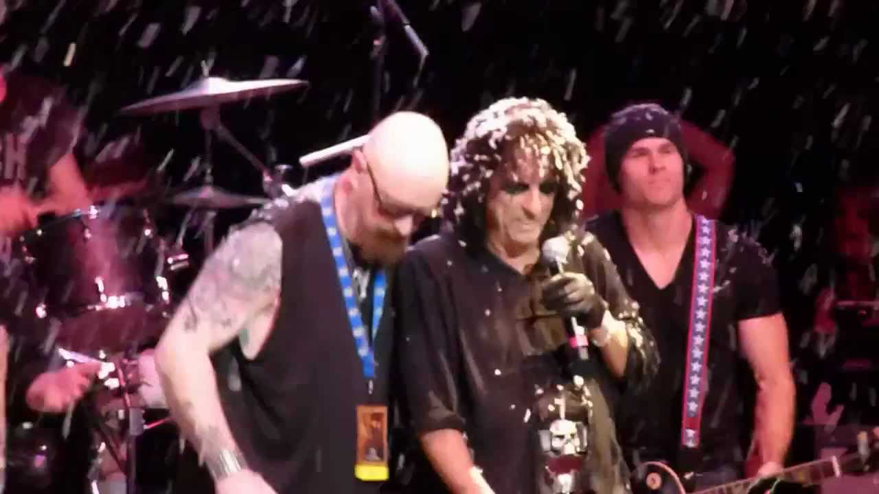 Alice Cooper - Run Run Rudolph - with Special Guests - Phoenix, AZ ...