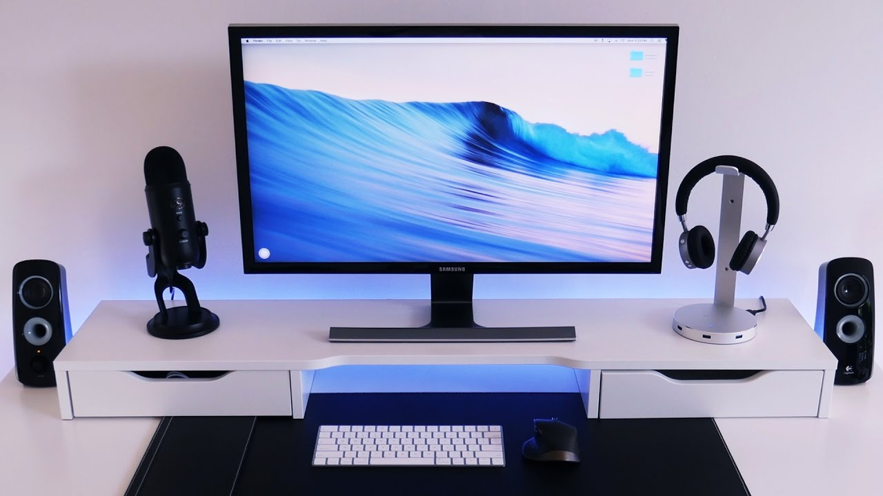 Minimalist Black And White Desk Setup Tour Isetup Deluxe 7