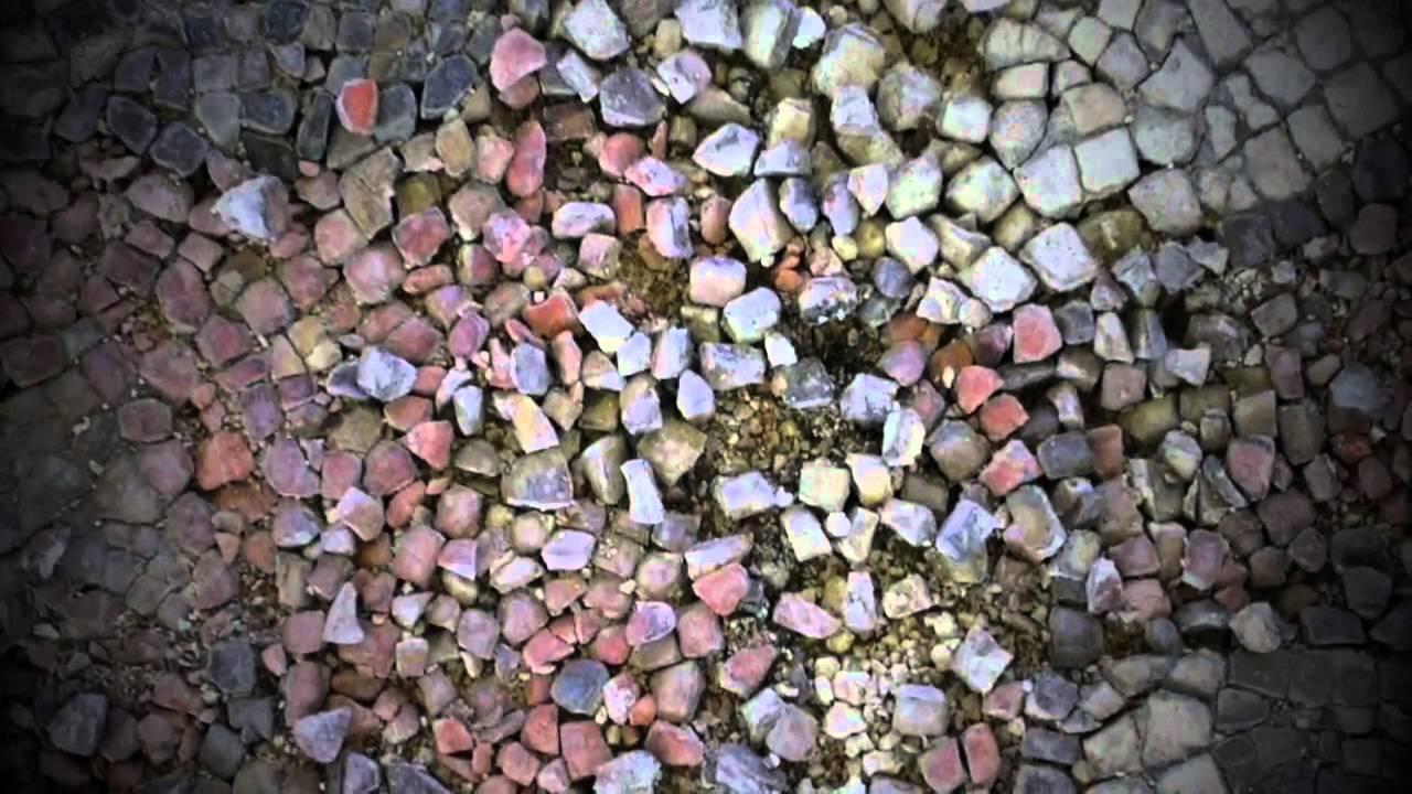 Restauraci n de mosaico romano youtube for Mosaico romano