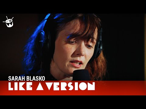 Sarah Blasko Covers David Bowie 'Life On Mars' For Triple J's Like A Version