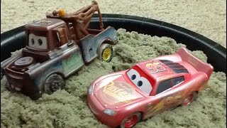Finding and reviewing Fire Ball Beach racers Mater & Lightning