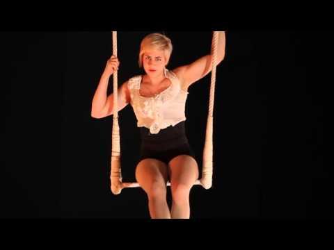 Acrobatische act - Aerial trapeze | Exclusief bij Swinging.nl #SpecialAct