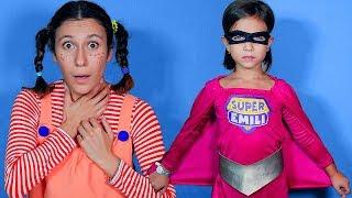 Супер Эмили спешит на помощь/У Пеппи от мороженного заболело горло