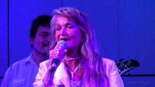 Clara Serina & Makribù Band - Stilly e lo specchio Magico LIVE (HD)