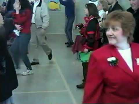 WILDWOOD SCHOOL HOLIDAY CONCERT - December 18, 2002