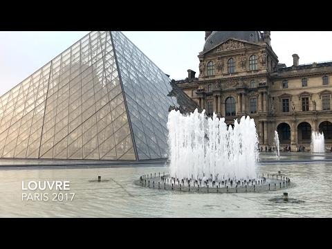 Das Louvre Museum und Glaspyramide | Paris