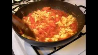 Authentic Chinese Food: Scrambled Eggs With Sautéed Tomatoes