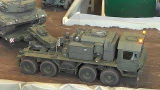 RC Schwertransporter Faun SLT 50 8x8 Elefant mit Leopard 2 | Modellbau Neumünster 2015