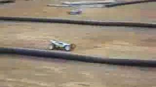 第2回タミヤエンジンバギーチャレンジのエンジンカーマッドスピリットの...