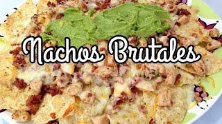 Nachos Brutales  Nachos con Carne y Queso