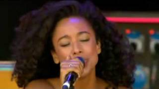Video Corinne Bailey Rae - Que Sera Sera - Glastonbury 2010 download MP3, 3GP, MP4, WEBM, AVI, FLV Juli 2018