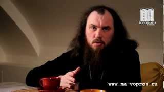 Можно ли молиться двуперстием? о. Максим Каскун