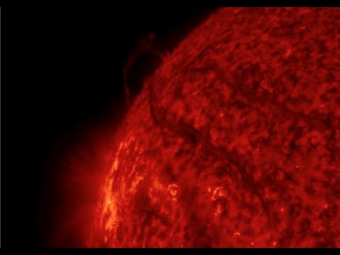 Space Weather, Pluto Surprises   S0 News July 14, 2015