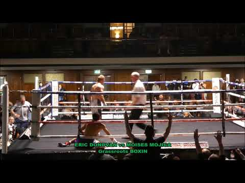 BRUTAL STOPPAGE ERIC DONOVAN vs MOISES MOJICA - YORK HALL - LONDON
