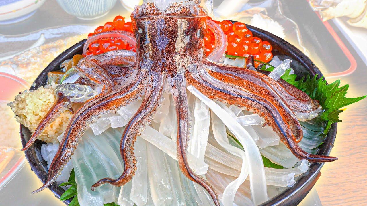 Street Food Japan - DANCING SQUID SASHIMI + BEST Seafood and Noodle Tour of Hokkaido, Japan!