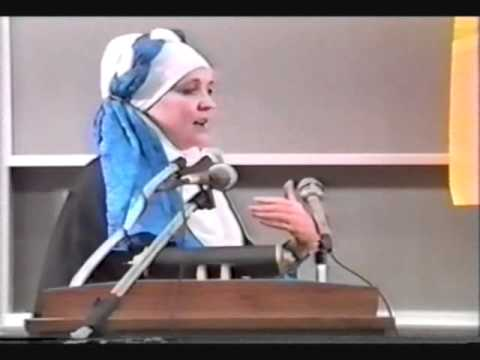 The Great Debate Islam and Women's Rights two female scholars go head to head