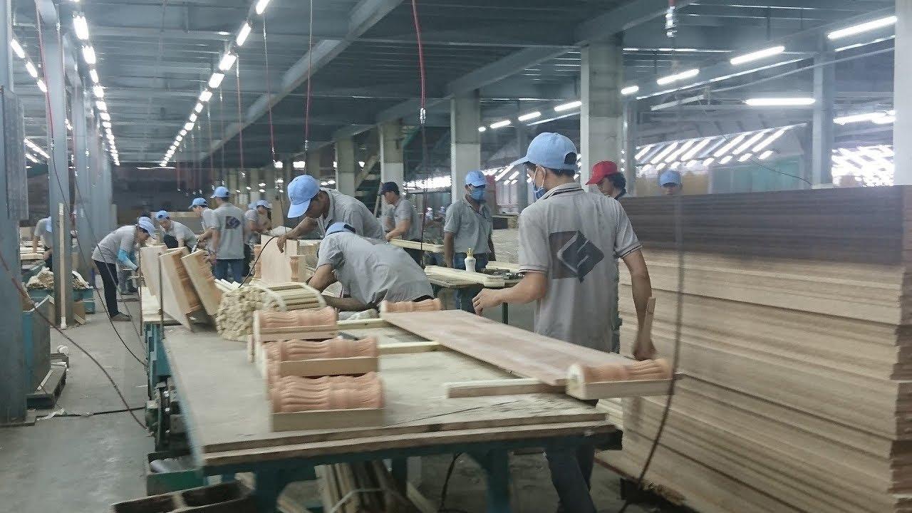 為什麼越來越多的越南工廠被迫倒閉?中國老闆接連回國 - YouTube