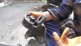Почему передняя подушка двигателя рвется Chrysler Dodge