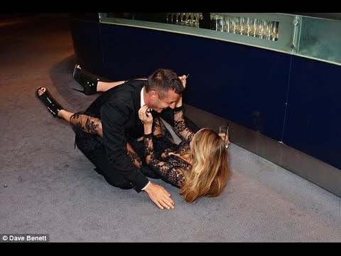 Cara Delevingne takes a tumble at the GQ Men Of The Year Awards ...