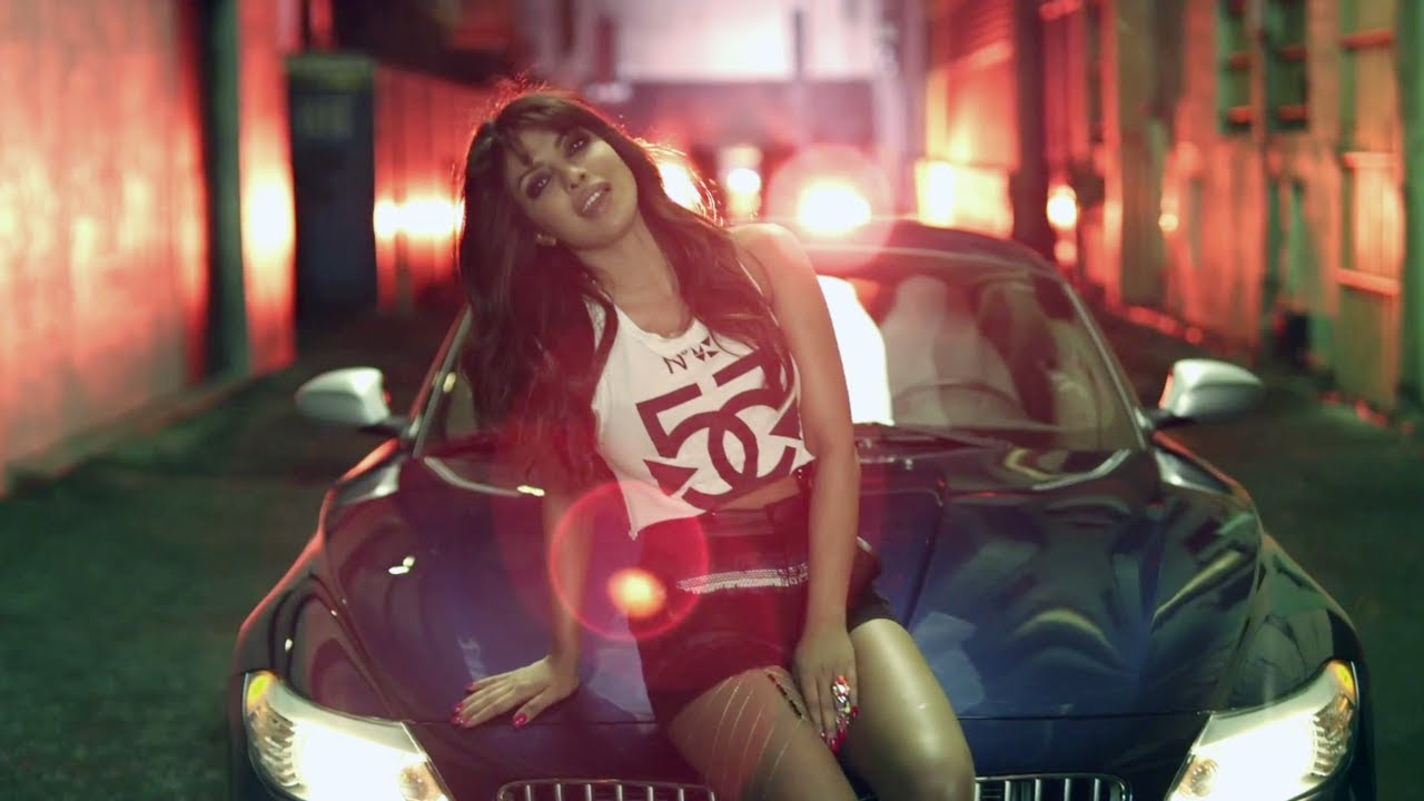 In My City Official Video Priyanka Chopra Shows Off Her -4092