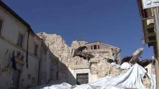 Http://www.robertomattioli.com - il viaggio nei centri interamente distrutti dal terremoto prosegue, con questo filmato, ad avendita di cascia ( pg ) . rober...
