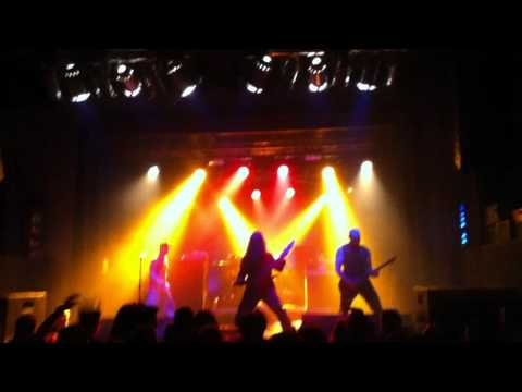 All That Remains - Intro + For We Are Many (live Berlin 2011)