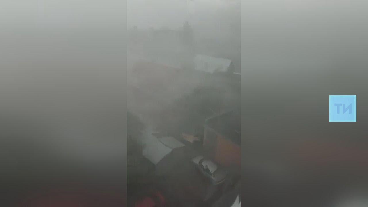 В Черемшанском район ветром снесло крыши домов