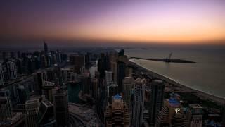 Zeitrafferaufnahme Dubai Marina Cayan Tower