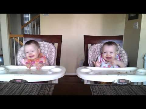 11 Month Old Twins Dancing to Daddys Guitar
