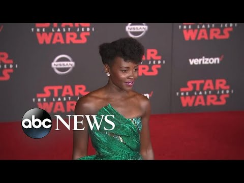 Download Youtube: On the red carpet for the premiere of the 'The Last Jedi'