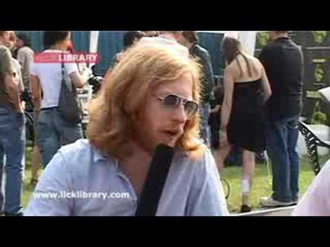 Biffy Clyro Interview - Bassiest James Johnston - Download Festival 2007 - Licklibrary