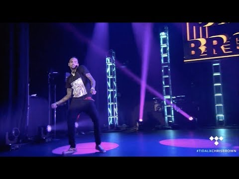 """Chris Brown performing """"Flipmode"""" with Fabolous (Tidal Pop Up Show 2017)"""