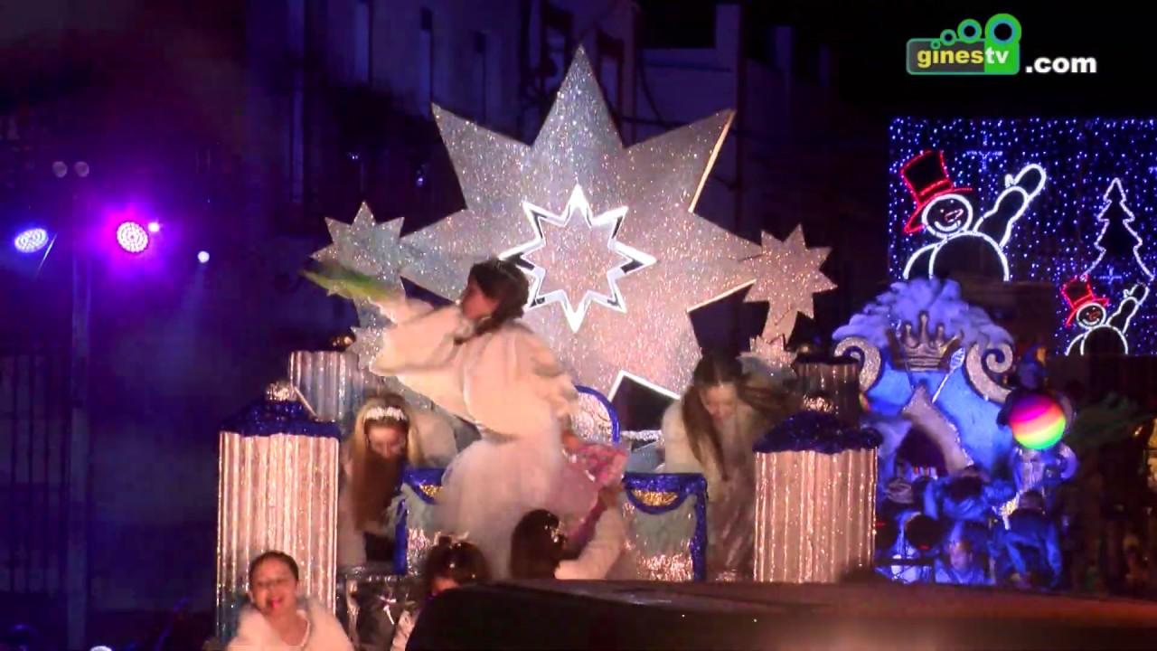 Espectacular recorrido de la Cabalgata de Reyes de Gines 2019 por la Plaza de España