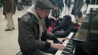 MIDNIGHT IN MOSCOW (Podmoskovnie vechera) in Paris Train Station – THOMAS KRÜGER