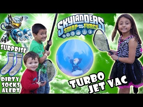 Floating Turbo Jet Vac Toy Surprise + Baseball Unballing? (Skylanders Swap Force Wave 4 Dirty Socks)