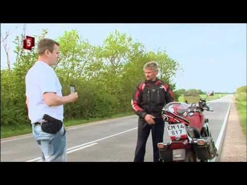 Politiet stopper mand på motorcykel