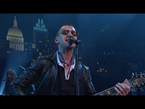 "Arctic Monkeys on Austin City Limits ""Do I Wanna Know?"" (Web Exclusive)"